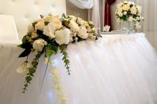 Искуственные цветы на свадьбу в аренду