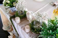 Искуственная зелень в оформлении свадьбы в стиле рустик