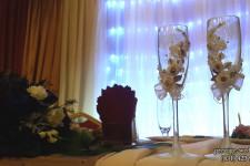 """Оформление паба """"Манчестер"""" для свадьбы в золотом цвете"""