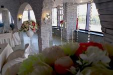 Хрустальные нити в оформлении свадьбы