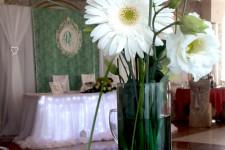 Офоремление свадьы в изумрудном цвете